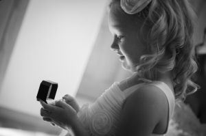 FurlaStudio B&W flower girl & rings